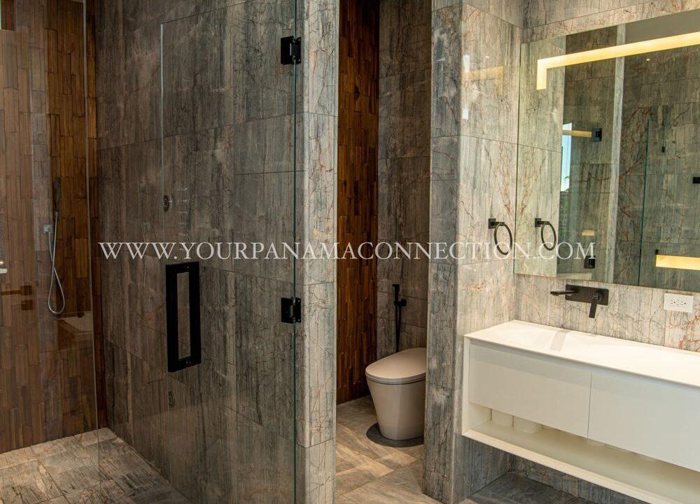 Bathroom-garden-apartments-ocean-reef-private-island-panama-1000x1498