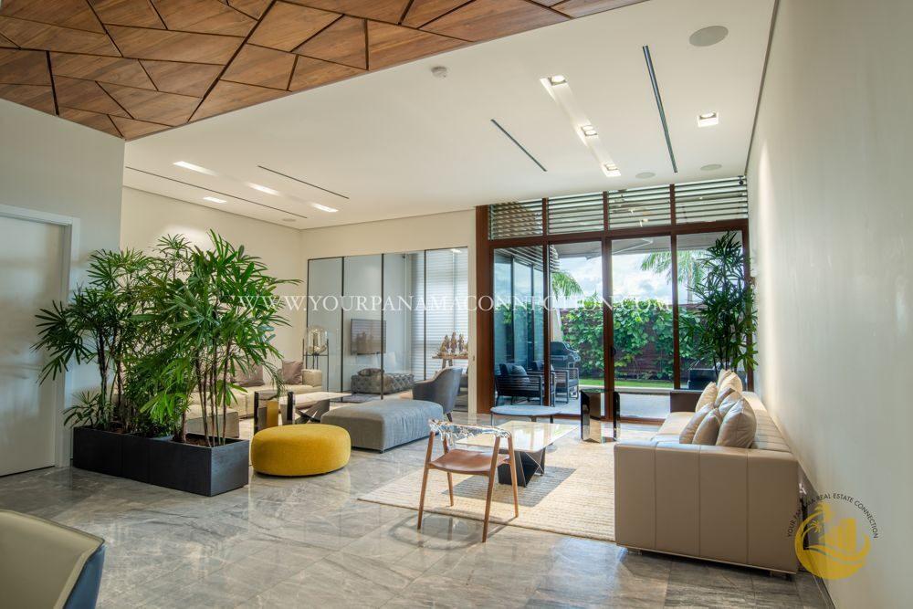 Living-room-Garden-Apartments-Ocean-Reef-Panama-1000x667