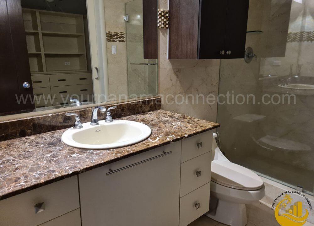bathroom-apartment-villa-del-mar-panama-city-panama-1000x750