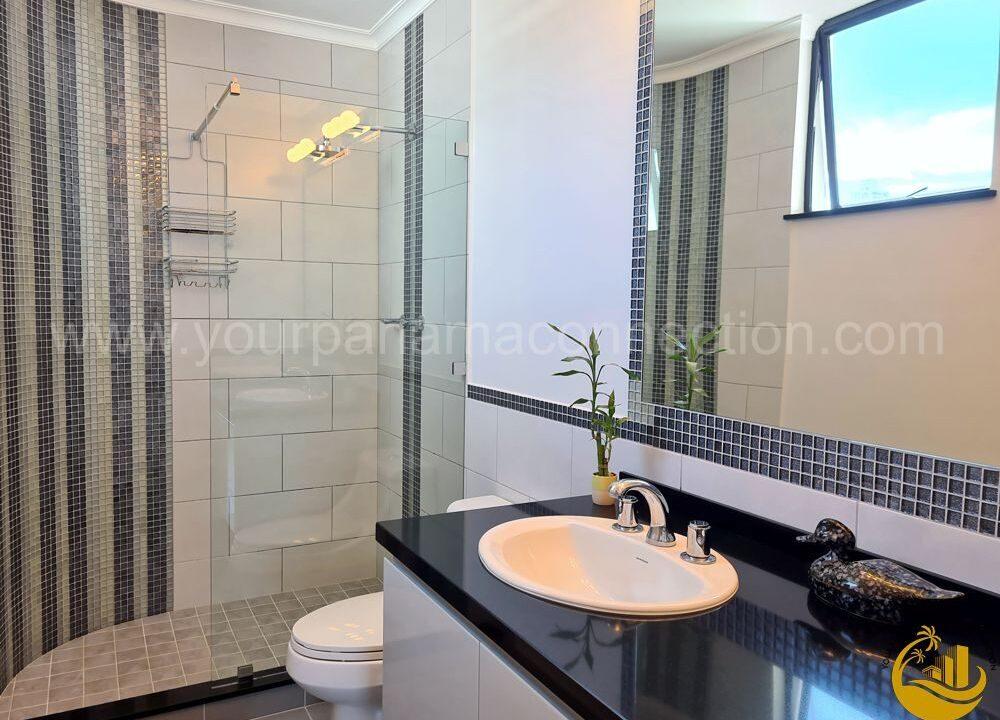 bathroom-lexus-tower-panama-2-1000x750