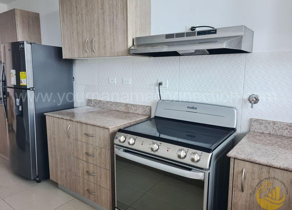 kitchen-apartment-ph-river-park-obarrio-panama-1000x750