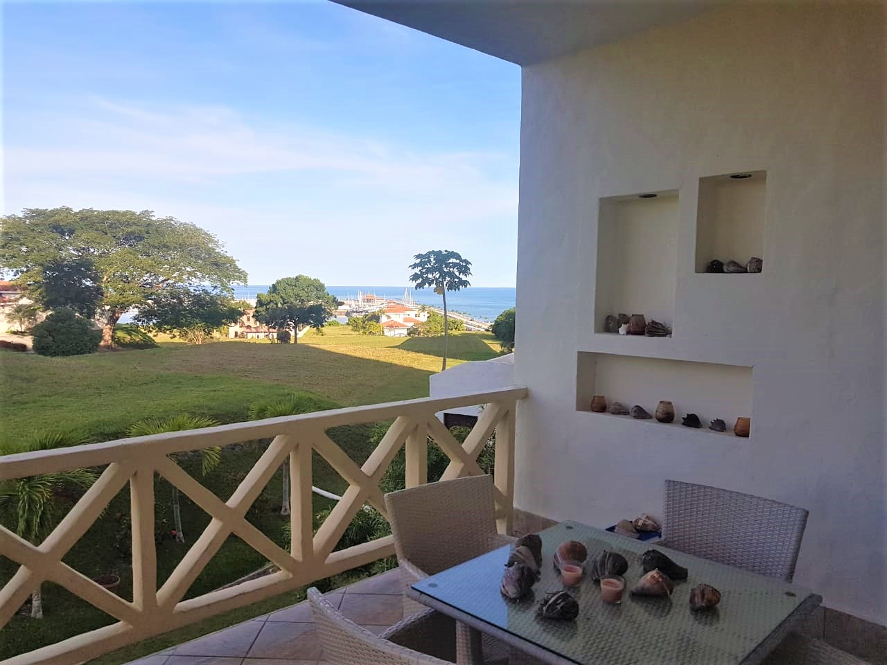 3 bedroom apartment with view for sale by the beach